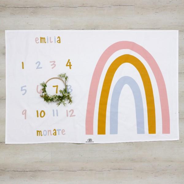Meilenstein Decke Regenbogen - weiß/ rosa mit Name