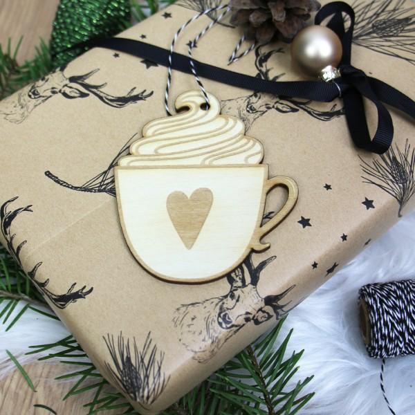 Holzanhänger Tasse mit Sahne und Herz an Geschenk