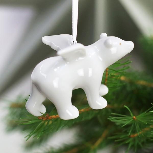 Eisbär - Anhänger hängt an Weihnachtsbaum