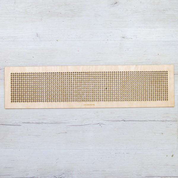 Holzplatte rechteckig mit Löchern für Caketopper