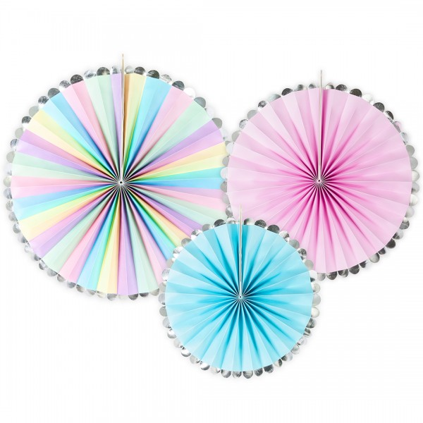 farbenfrohe Papierrosetten mit silbernem Rand in drei verschiedenen Größen 21, 25, 30 cm