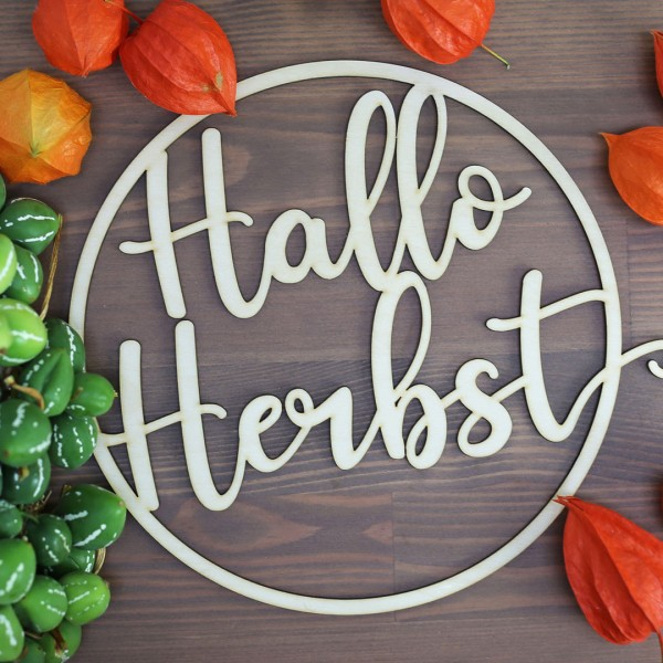 """Holzkranz """"Hallo Herbst"""" zwischen Herbstdeko"""