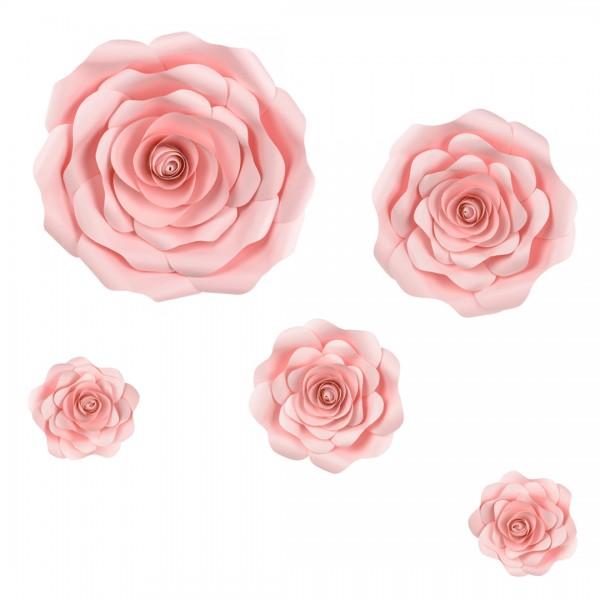 5 Papierblumen auf weißem Hintergrund